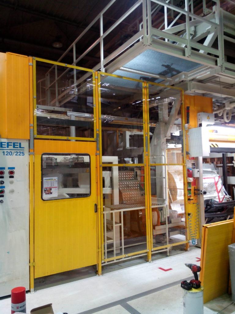 Výroba zabezpečení a přístupových ploch na Kašírovací linku - Faurecia