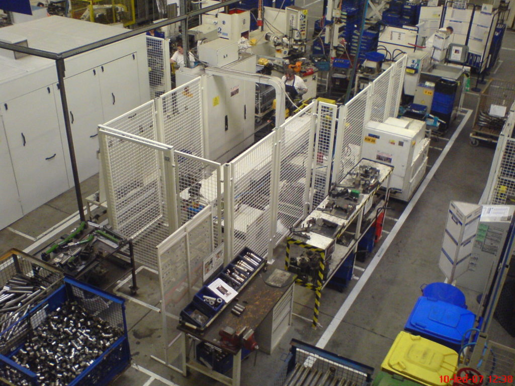 Výroba a montáž oplocení linky - Faurecia Bakov